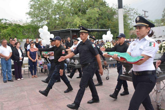 Despiden con honores a policías que fueron privados de la vida el viernes