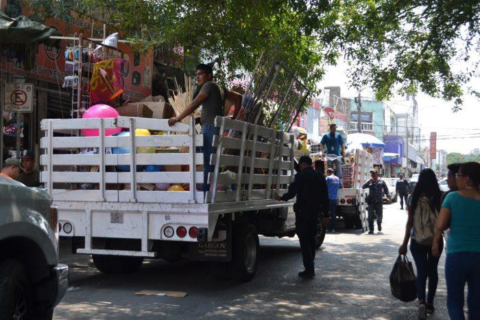 Aplica Monterrey 28 decomisos en nuevo operativo de comercio