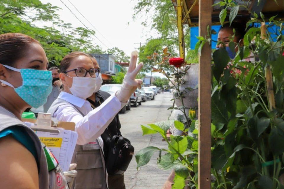 Apoya Cristina Díaz al comercio local