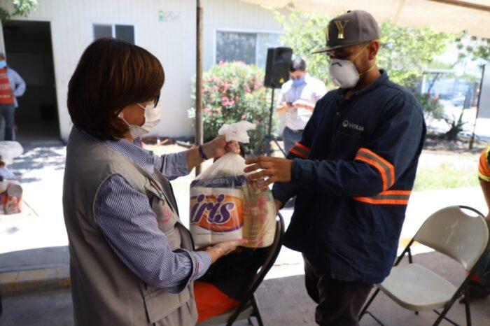 Reconoce Cristina Díaz labor de recolectores de basura en Guadalupe