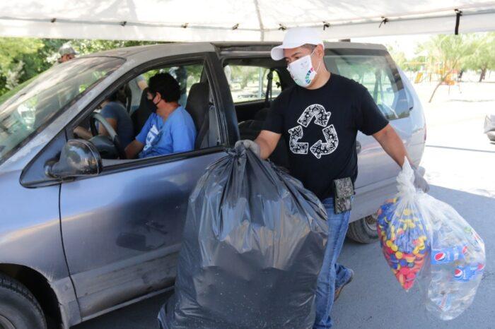 "Busca Escobedo con Drive Thru reforzar cultura de reciclaje tras basura evidenciada por ""Hanna"""