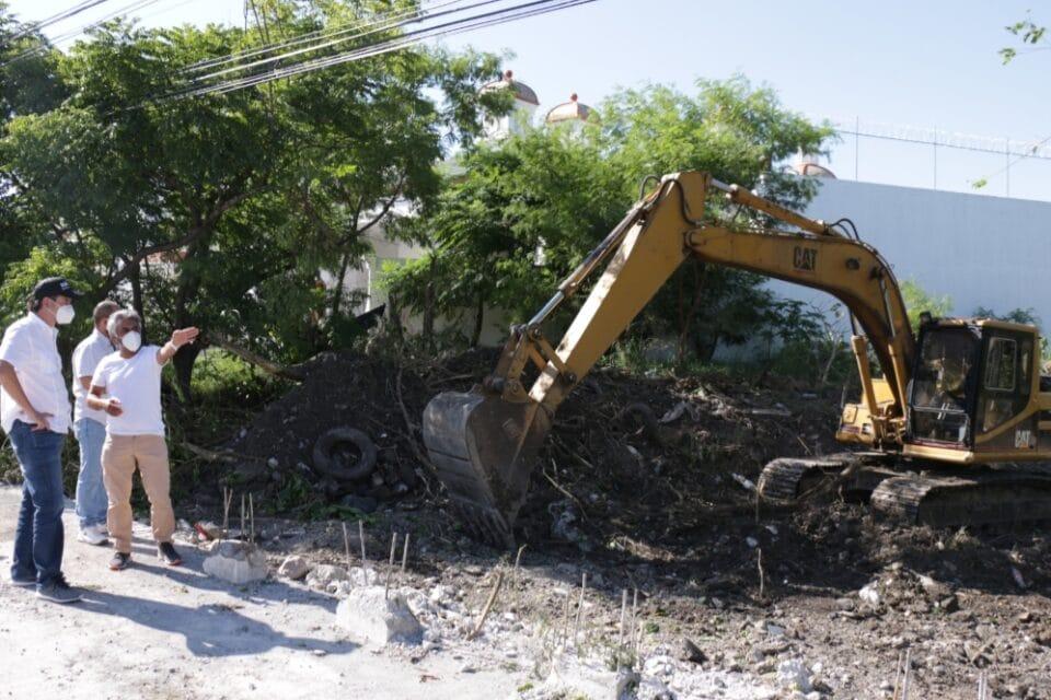 Supervisa Alcalde Everardo Benavides Villarreal obras en beneficio de los juarenses