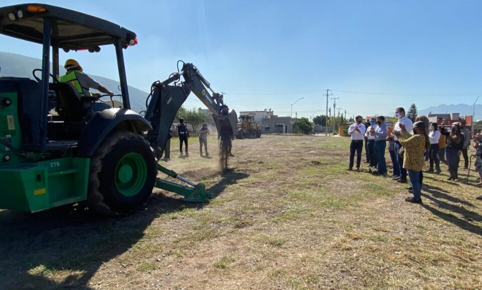Inicia Monterrey construcción de parque y cancha en la Colonia Urbivilla Bonita