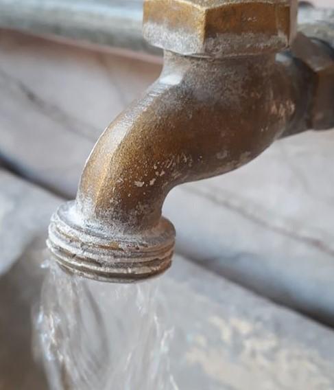 Servicios de Agua y Drenaje de Monterrey anuncia suspensión del servicio en García y Santa Catarina