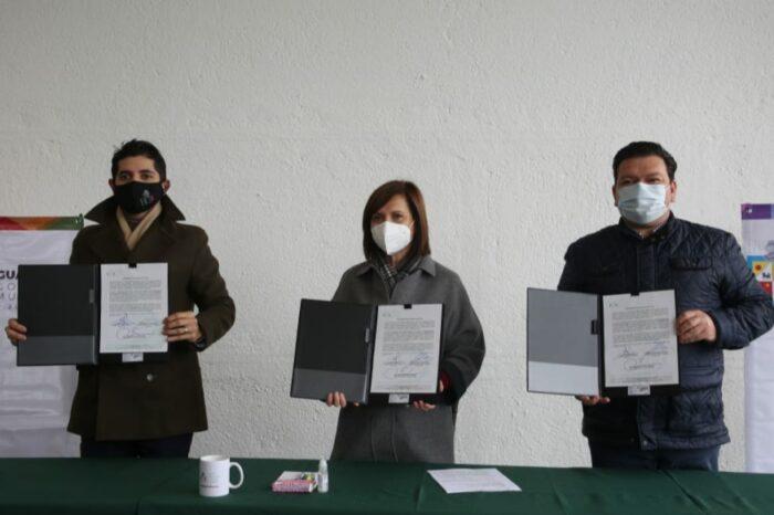 Es Guadalupe primero en suscribir acuerdo de blindaje electoral