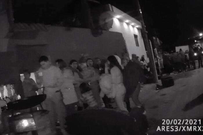 Suspenden evento de más de 60 personas con grupo en vivo
