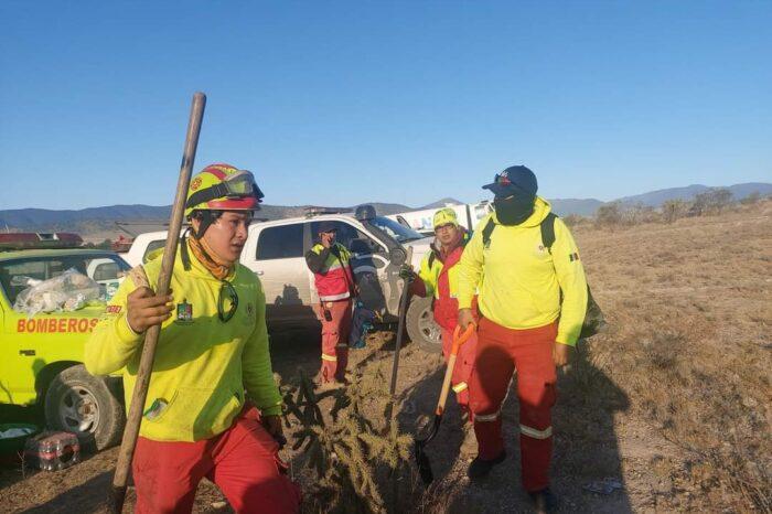 Combaten incendio en límites de Nuevo León y Coahuila