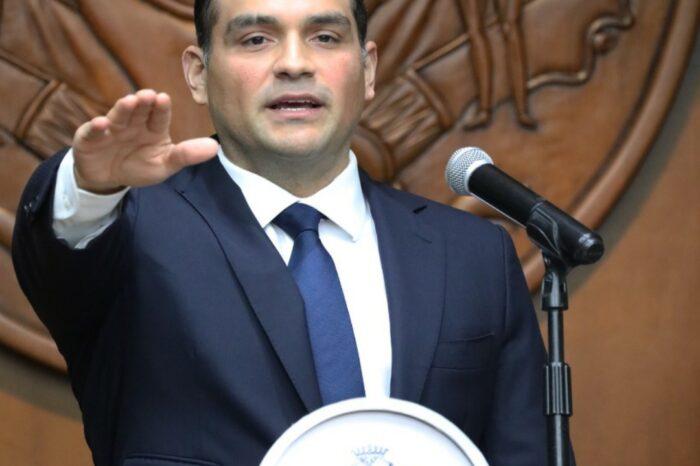 Asume Antonio Martínez Beltrán como alcalde sustituto de Monterrey