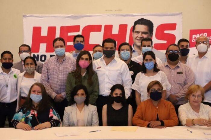 Pacta Paco Cienfuegos agenda por los niños  y las familias de Monterrey