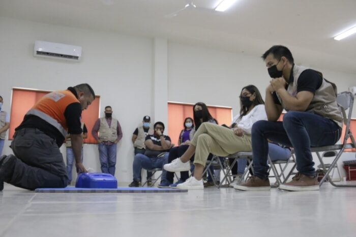 "CAPACITA PROTECCION CIVIL DE ESCOBEDO  EN PREVENCIÓN DE ACCIDENTES  A ""ALIADOS CONTIGO"""