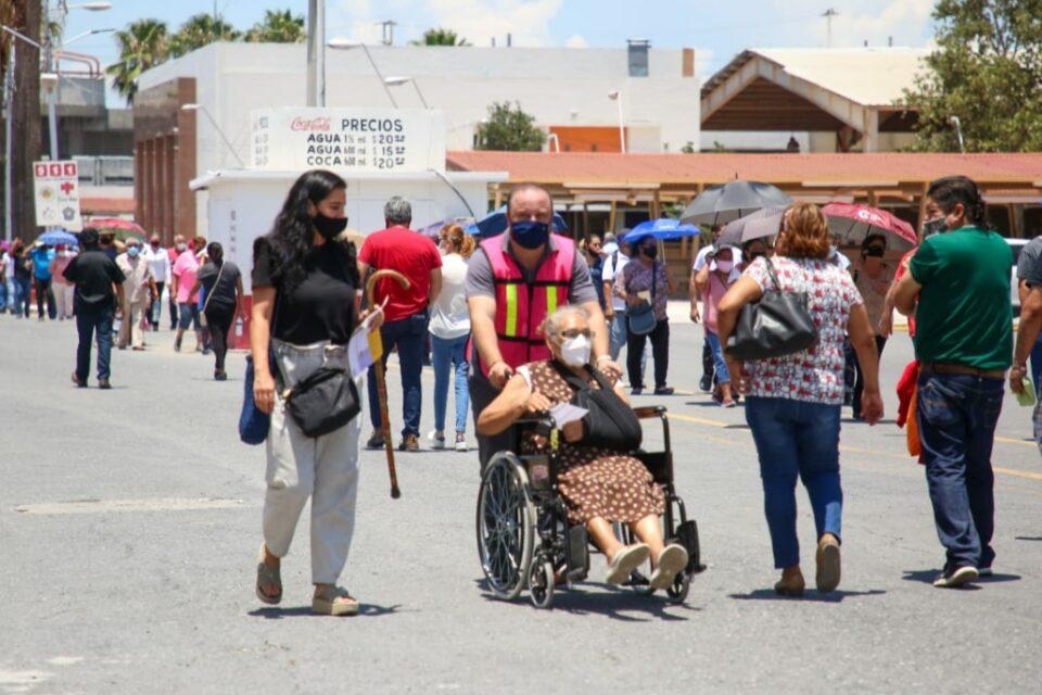 VACUNAN A 33 MIL PERSONAS DE 50-59 AÑOS CONTRA EL COVID EN GUADALUPE