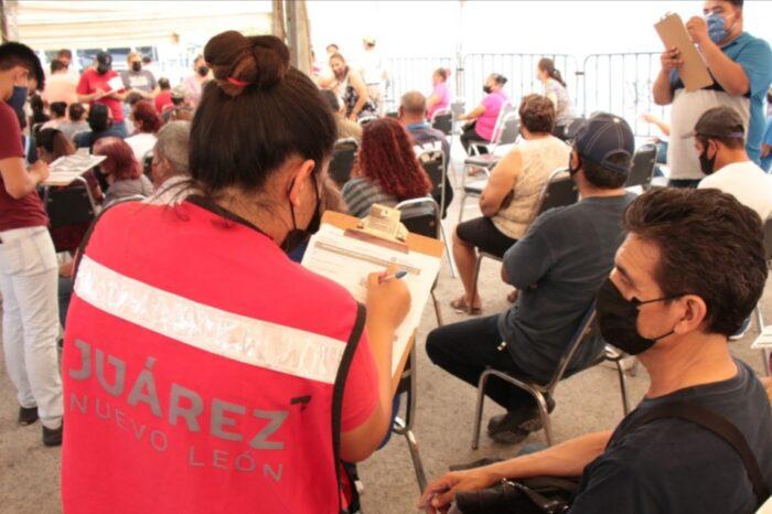 DESPLIEGA JUÁREZ MÁS DE 400 EMPLEADOS MUNICIPALES EN APOYO PARA APLICACIÓN DE SEGUNDA DOSIS CONTRA COVID-19