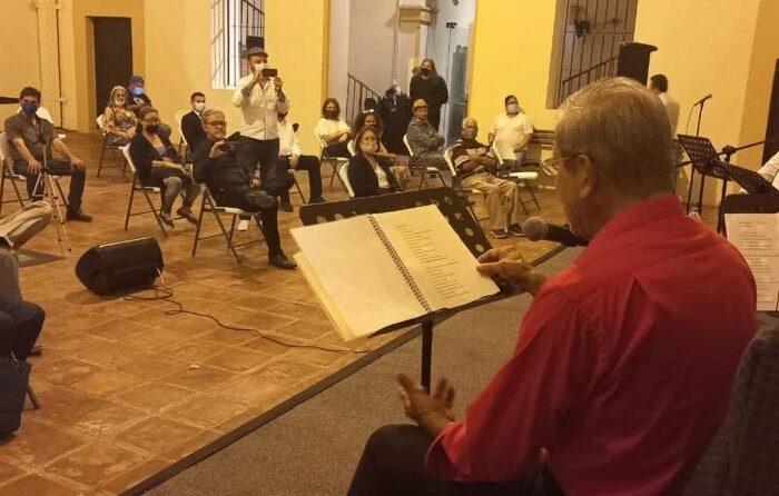 """Celebran el """"Día de la Raza"""" con Recital de Poesía en el Museo Metropolitano de Monterrey"""